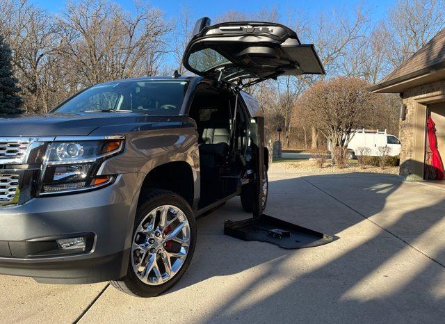 2020 Chevrolet Tahoe 4WD 4dr LT full